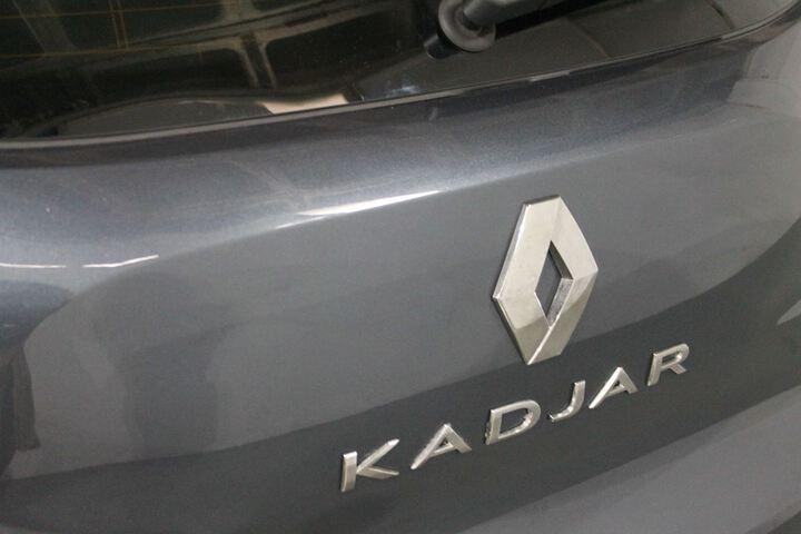 Outside Kadjar  GRIS