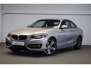BMW - 220