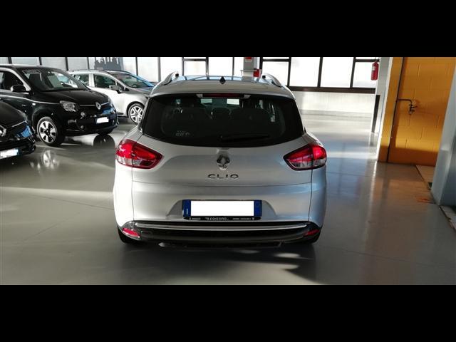 RENAULT Clio Sporter 00225400_VO38023217