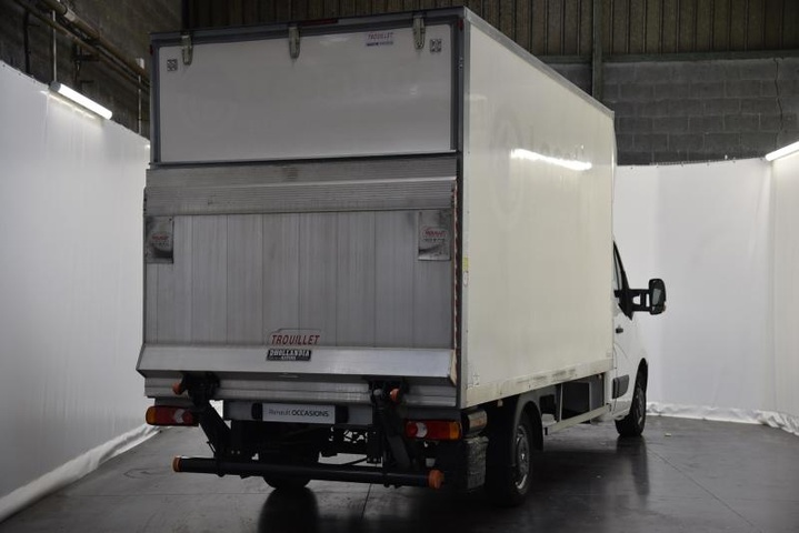 MASTER CHASSIS CABINE GRAND CONFORT BLANC MINERAL