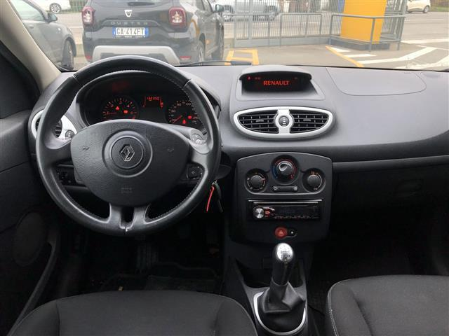 RENAULT Clio Sportour 01566792_VO38023377