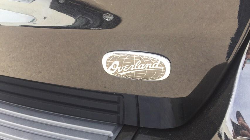 Outside Grand Cherokee Diesel  Negro Brillante