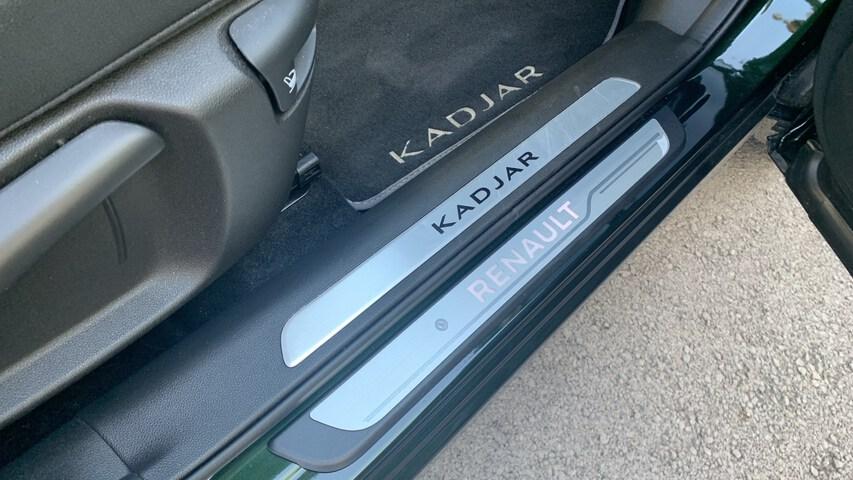 Inside Kadjar Diesel  Verde Oliva
