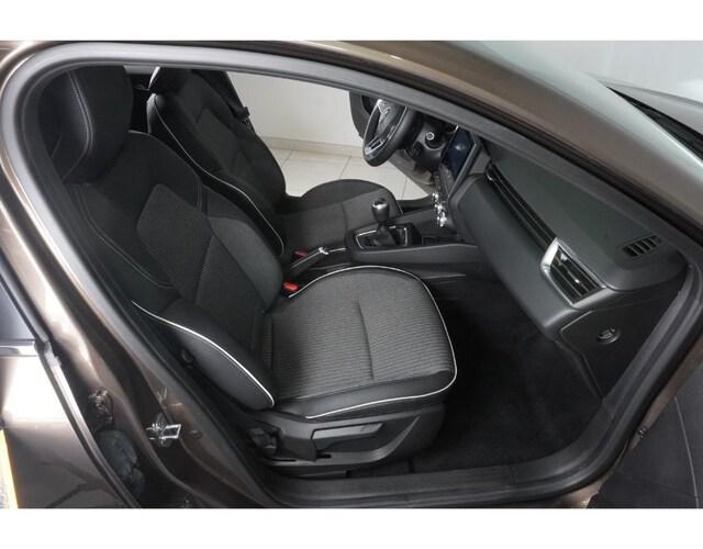 Inside Clio  Marron Vision