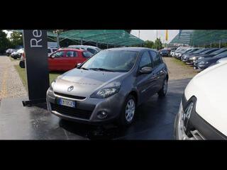 RENAULT Clio 10002366_VO38023216