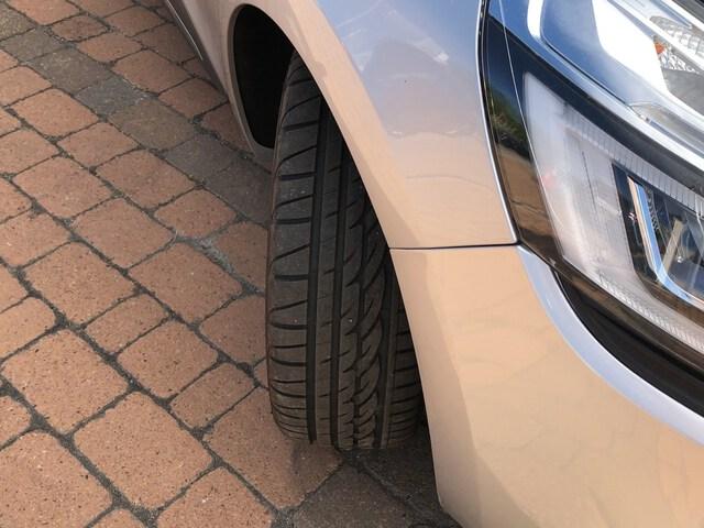 Outside Clio Diesel  Gris