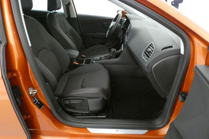 Inside León Diesel  Naranja Eclipse