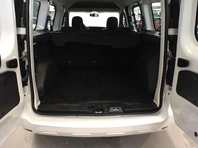 Inside Dokker Diesel  Blanco
