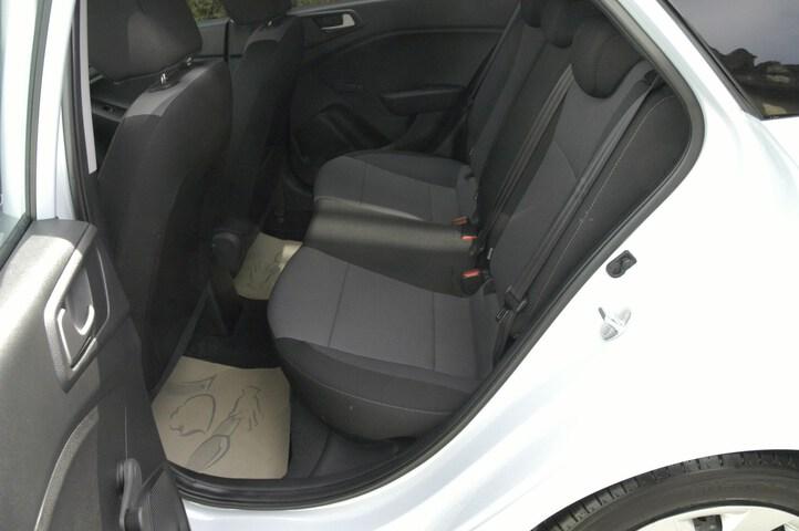 Inside i20  gris