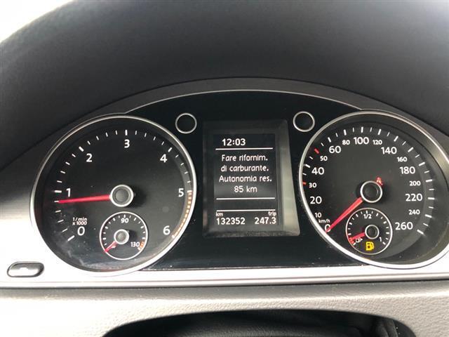 VOLKSWAGEN Passat VII 2011 Variant 01233036_VO38023377