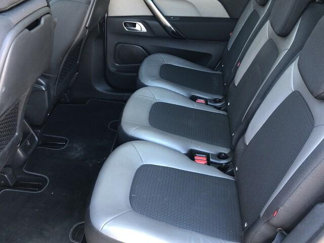 Inside C4 Spacetourer Diesel  Blanco Banquise