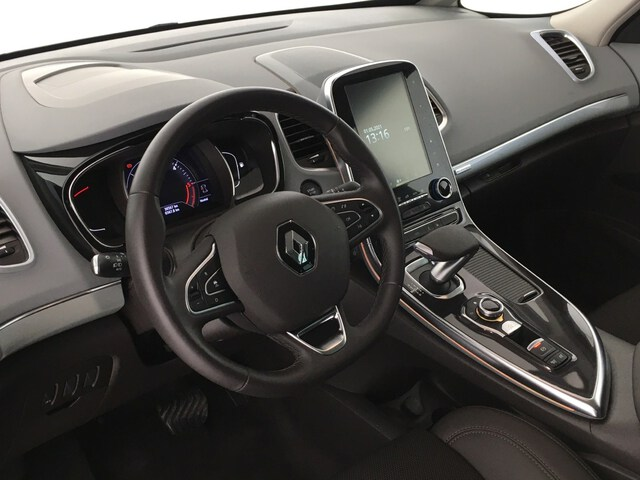 Inside Espace Diesel  Blanco
