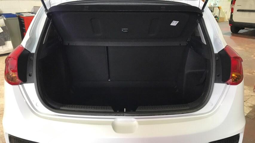Inside Cee'd Diesel  Blanco