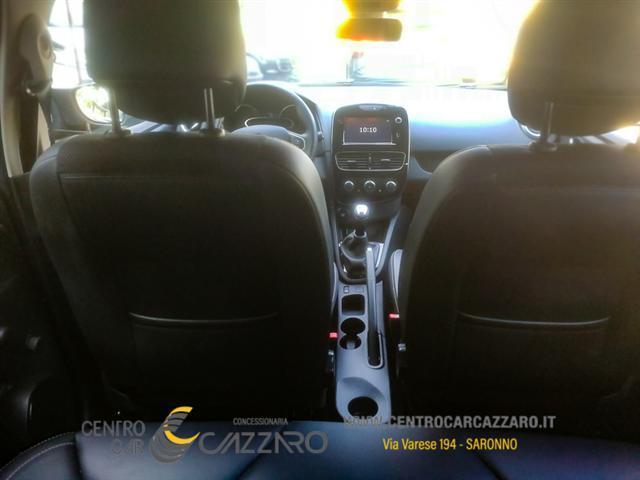 RENAULT Clio 00222646_VO38023217