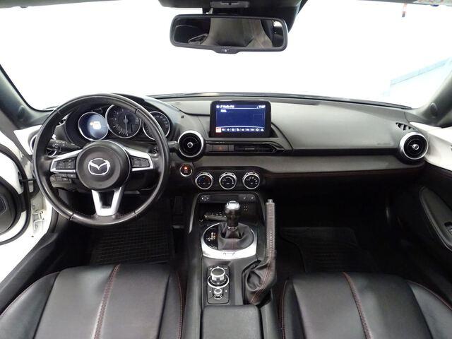 Inside MX-5  Artic White