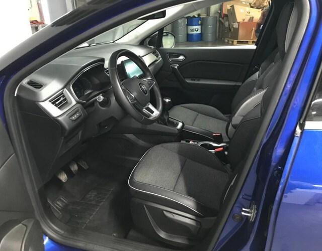 Inside Captur  Azul