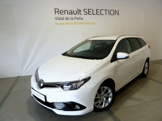Auris Touring Sports Diesel  Blanco perlado