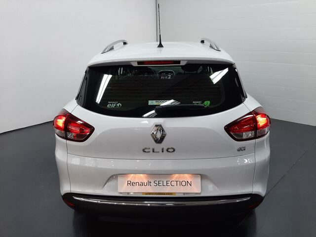 Outside Clio Sport Tourer Diesel  BLANCO