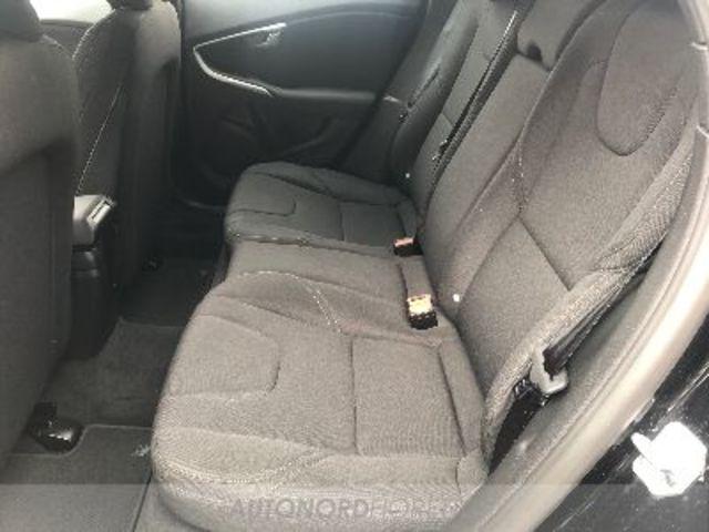 VOLVO V40 II 2012 01215617_VO38013067