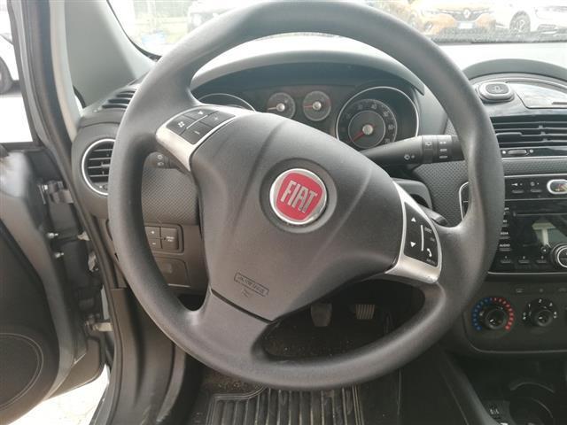 FIAT Punto 03812676_VO38013080
