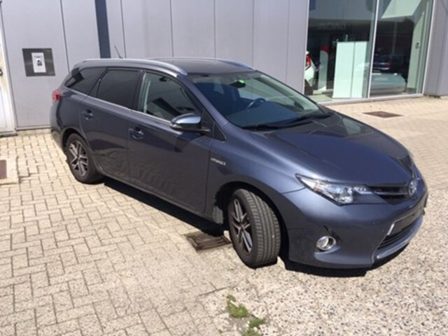 Exterieur Auris Touring Sports  blauw