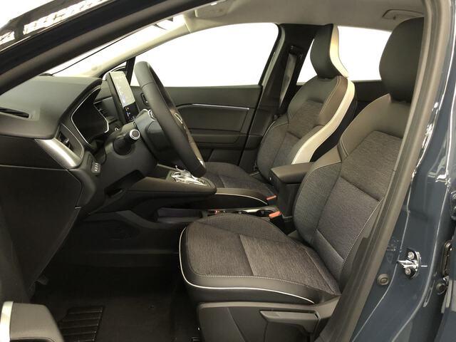 Inside Captur Híbrido Enchufable  Azul Volga con techo