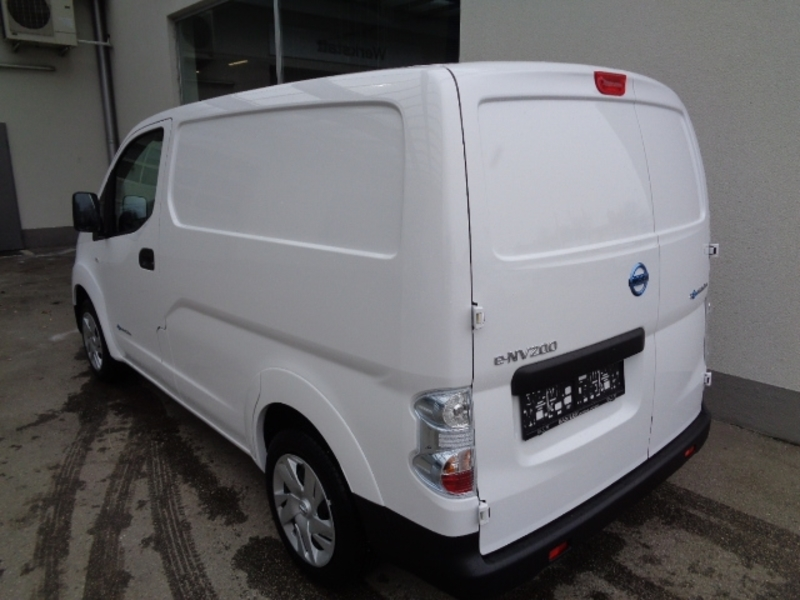 Außenausstattung E-NV200 weiß                 weiss