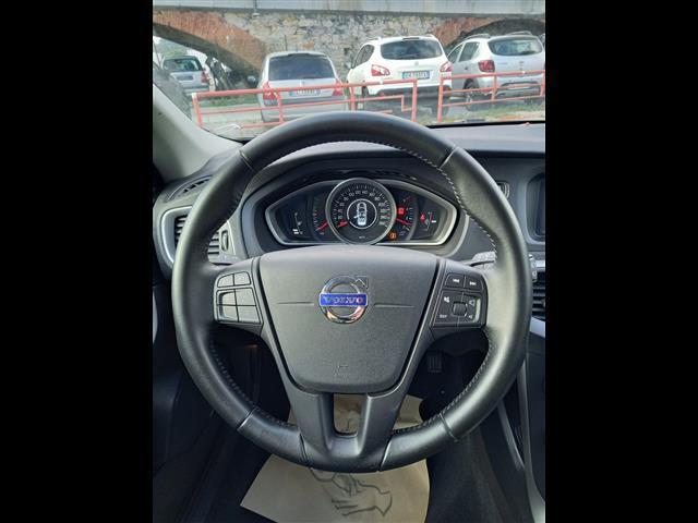 VOLVO V40 II 2012 00611356_VO38053733