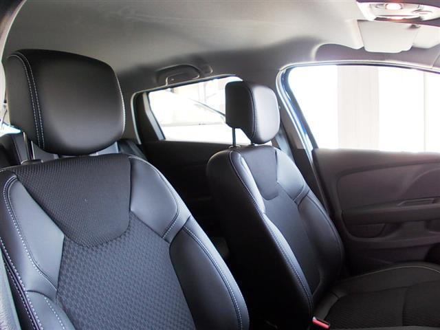 RENAULT Clio Sporter 01139484_VO38053436