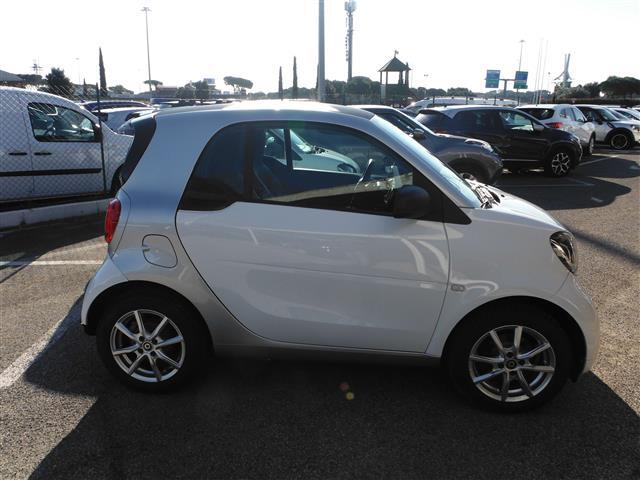 SMART Fortwo 02243048_VO38043366