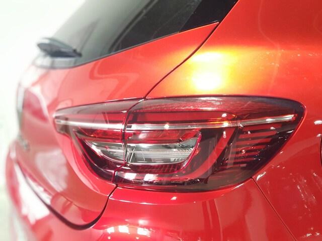 Outside Clio Diesel  Rojo Deseo