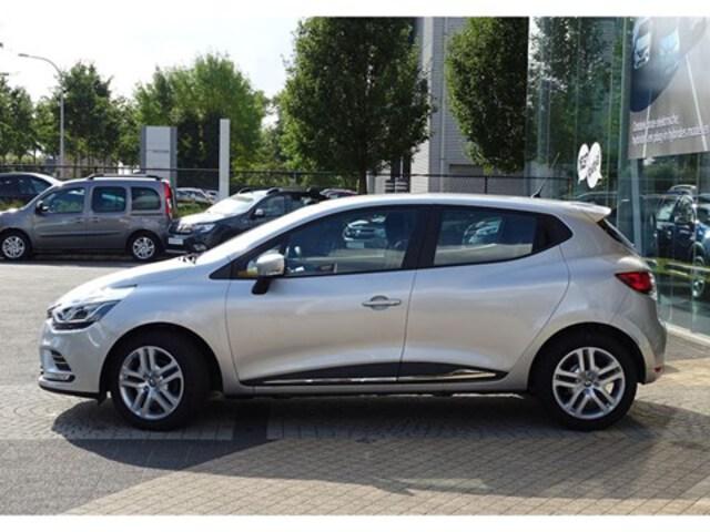Exterieur Clio  zilver