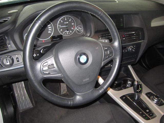 BMW X3 00010940_VO38043670