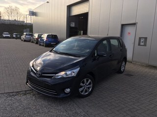 Toyota - Verso