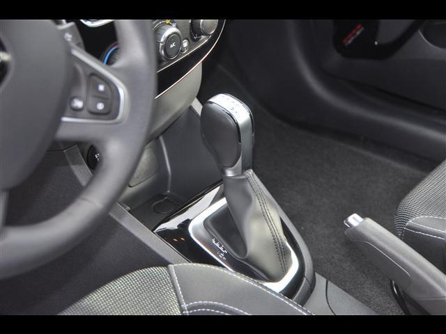 RENAULT Clio Sporter 01833466_VO38043894