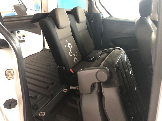 Inside Berlingo Combi Diesel  Blanco Banquise