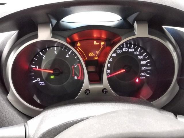 Inside Juke Diesel  PERLA
