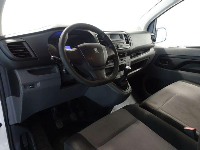 Inside Expert Combi Diesel  Blanco Banquise