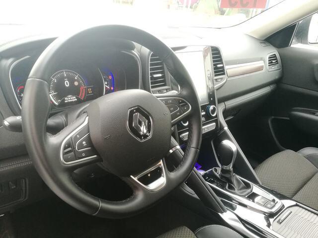 Inside Koleos Diesel  Gris Platino
