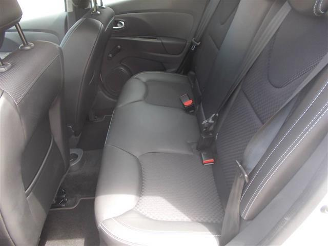 RENAULT Clio Sporter 00036323_VO38013018