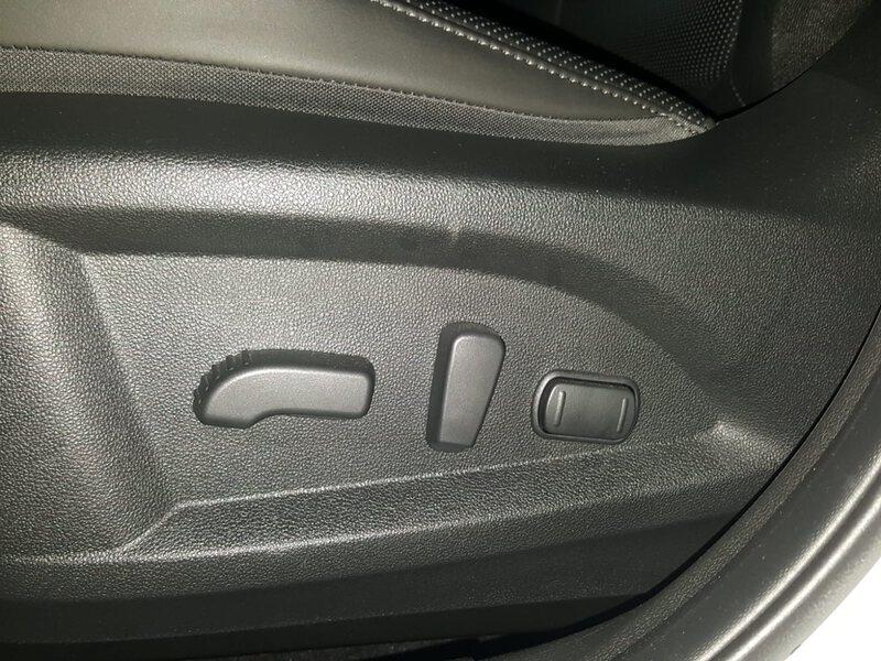 Inside Koleos Diesel  Blanco Universal