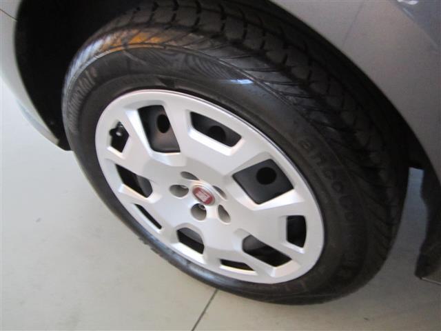 FIAT Doblo 00010932_VO38043670