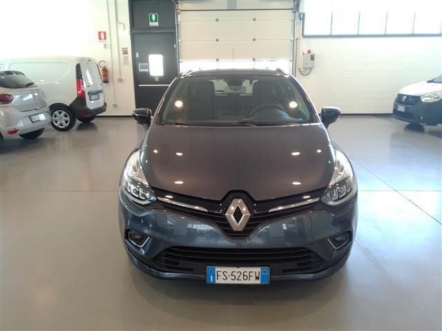 RENAULT Clio Sporter 00635532_VO38023697