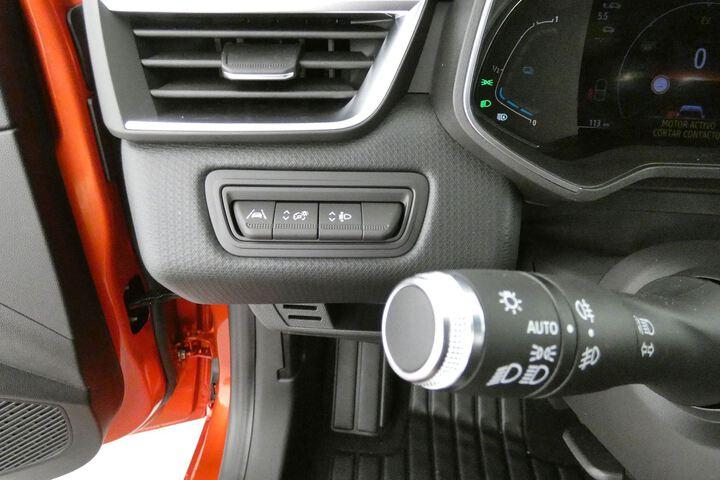 Inside Clio Híbrido  Rojo Deseo