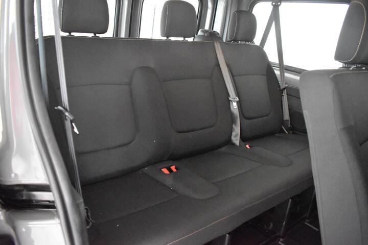 Inside Trafic Combi Diesel  GRIS OSCURO