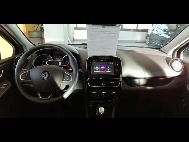 RENAULT Clio Sporter 00233496_VO38023217