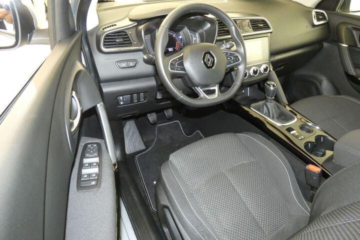 Inside Kadjar Diesel  Gris Highland