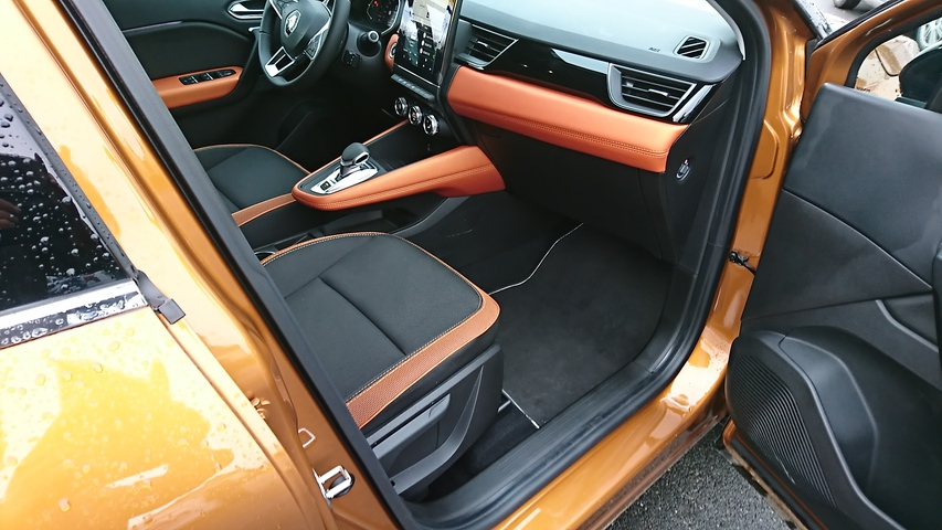 CAPTUR Intens ORANGE CLAIR