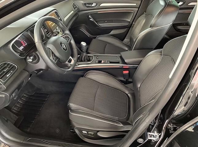 Inside Mégane Sport Tourer Diesel  Negro Brillante