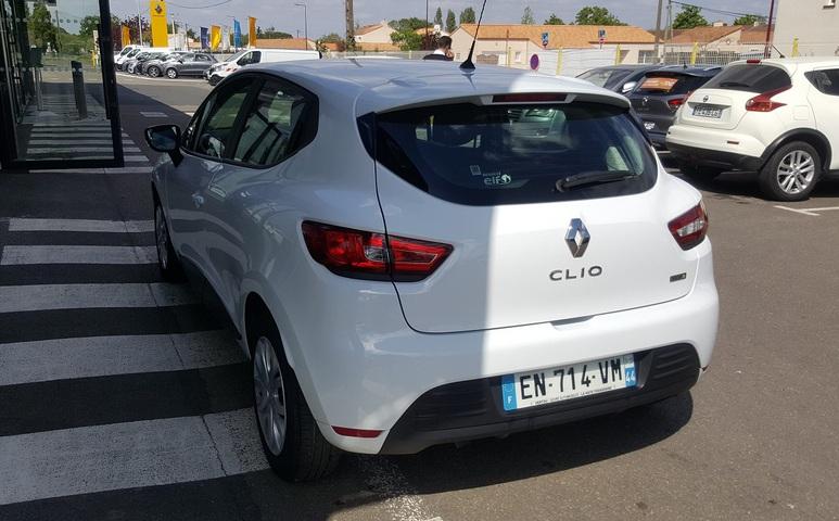 CLIO SOCIETE AIR MEDIANAV BLANC
